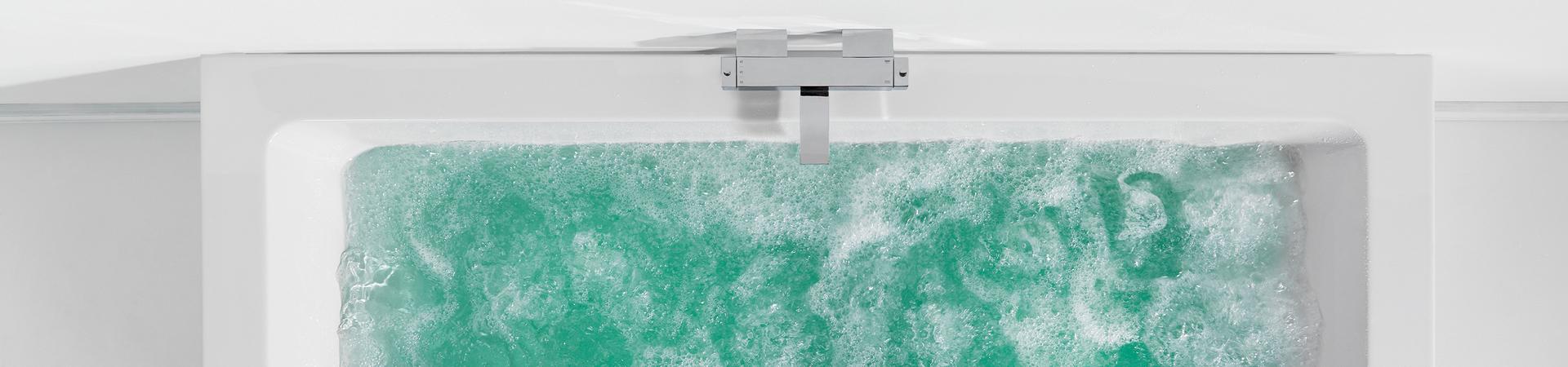 Materiaal van een ligbad: dit zijn de verschillen - Materiaal van een ligbad: dit zijn de verschillen