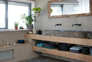 Teak houten badkamer met houten badkamermeubel