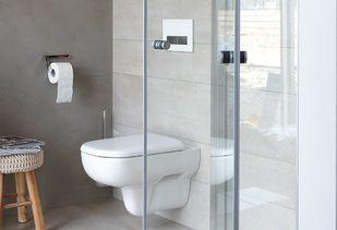 Eigentijdse badkamer met softclose toilet