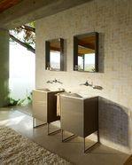 Compleet badkamermeubel op stalen pootjes
