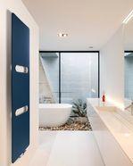 Design radiator met uitsparing voor handdoek