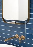 Badkamer met blauwe tegels - Badkamer met blauwe tegels