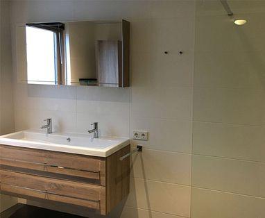 Binnenkijkers - Comfortabele badkamer in Nieuwegein