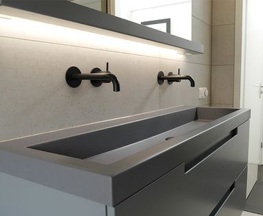 Home - Polaroid industriële badkamer in Drachten