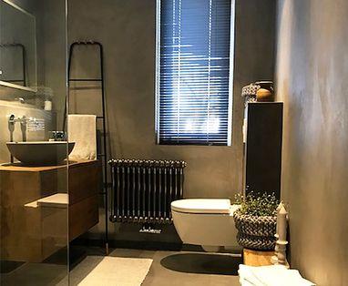 Binnenkijkers - Betonlook badkamer in Nunspeet