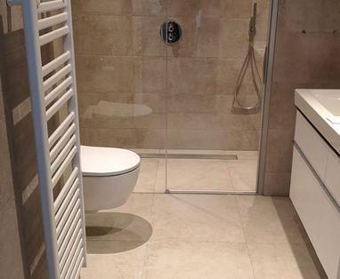 Binnenkijkers - Luxe badkamer in Woerden