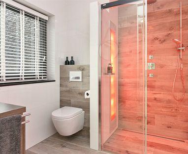 Binnenkijkers - Kleine badkamer met Sunshower in Rosmalen