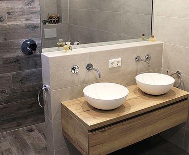 Inspiratie - Kleine badkamer met slimme scheidingswand in Vught