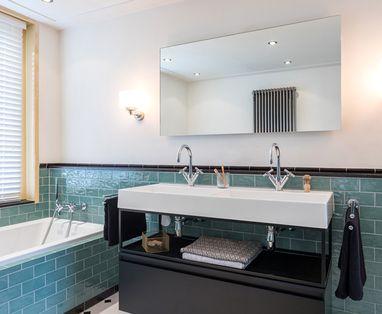 Inspiratie - Binnenkijken bij een klassieke badkamer met moderne twist (landelijk en St Pieter)