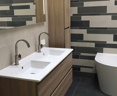 Binnenkijkers - Moderne badkamer in Gouda