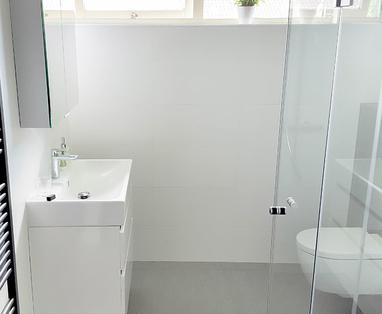 Inspiratie - Moderne badkamer in Houten