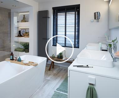 Binnenkijken bij familie Van der Beek - Binnenkijken bij de moderne badkamer van Francis