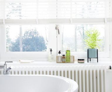 Tips blinkende douchecabine - Schimmel in de badkamer verwijderen