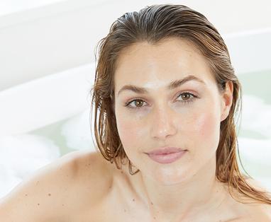 Scandinavische woonstijl in de badkamer - Wellness badkamer inrichten