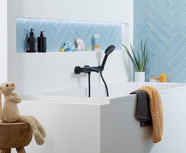 Inspiratie: 4x zwart in de badkamer - Badkamer accessoires zwart