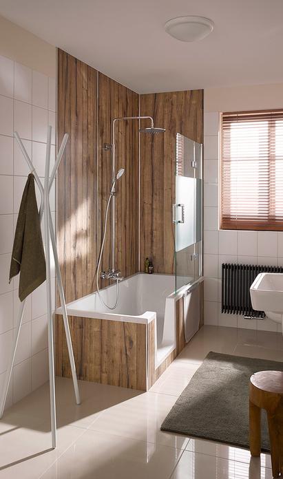 Comfort badkamer - douchebad met keramische houtlook tegels