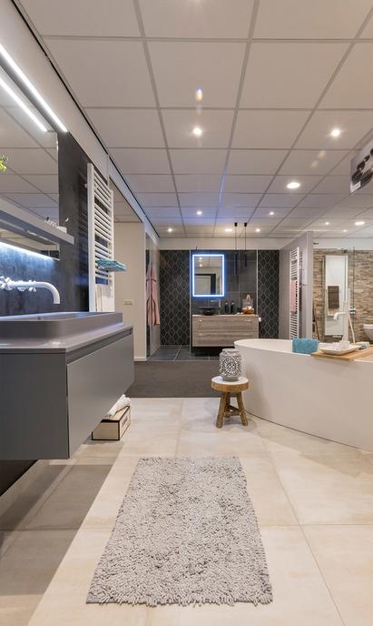 Hoefnagel Tegels Keukens Sanitair showroom badkameropstellingen