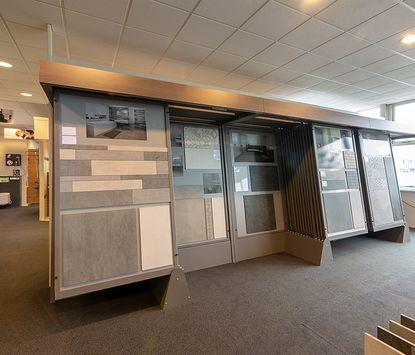 2. vierkant showroom sanitair- en tegelhuis steenbergen