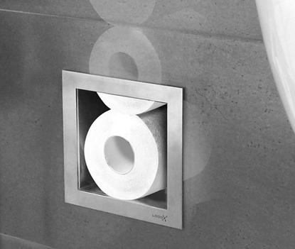 Kleine badkamer - Toiletrollen in inbouwbox