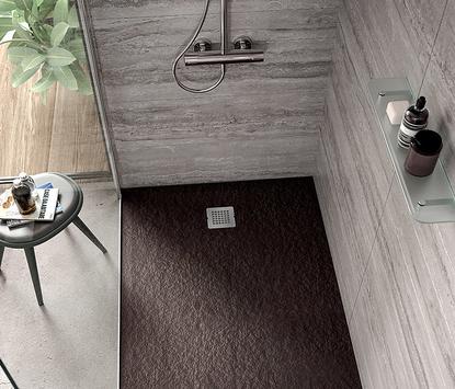 Douchevloer in kleur en stijl van de badkamer