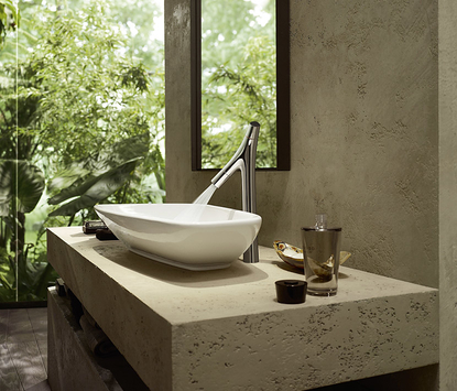 Luxe badkamer - designkraan met organische vormen