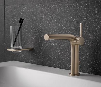 Luxe badkamer - bronskleurige design kraan