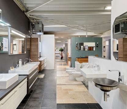 Tegels & Sanitair Hoogeveen showroom badkameropstellingen