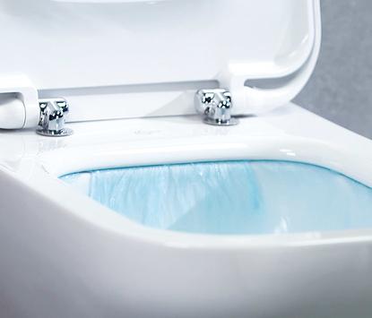Moderne badkamer - toilet met slim spoelsysteem