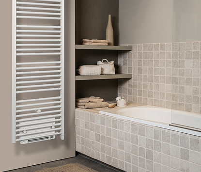Vasco - Iris met Blower - radiator - wit