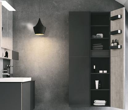 Hoge badkamerkast met dubbele deur