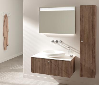Houten badkamermeubel met witte opbouwkom