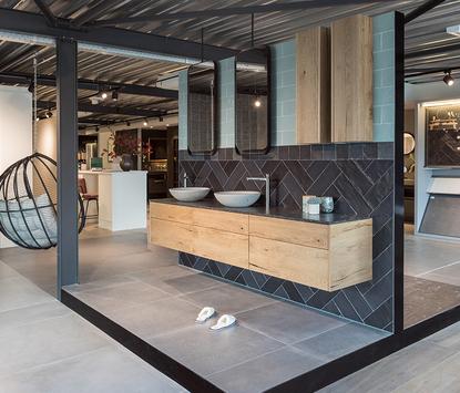De Wilde Tegels en Sanitair showroom badkameropstellingen