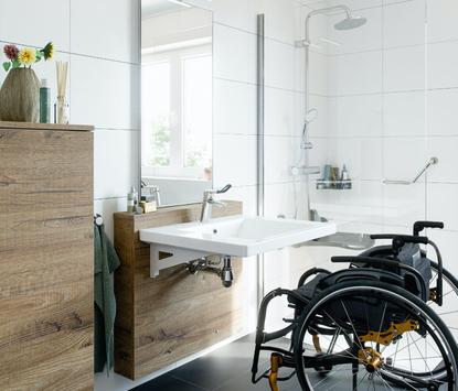 In hoogste verstelbaar badkamermeubel