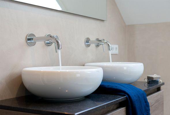 Binnenkijken bij familie Vogels - 5. Badkamer ideeën op een rij en ] Een passend badkamerontwerp in moderne stijl