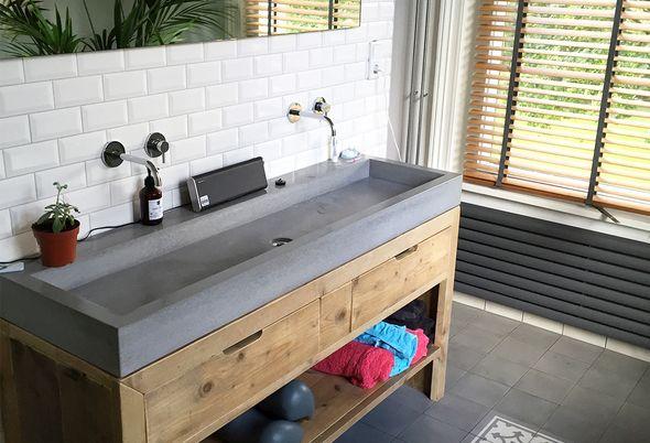 Badkamer Modern Landelijk : Binnenkijken landelijke badkamer in ewijk bubbelshop badkamers