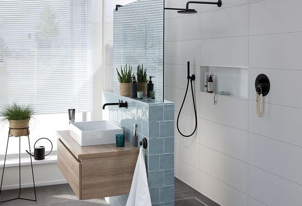 Showroom opruiming - Complete badkamers - installatie