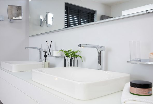 Binnenkijken bij de moderne badkamer van Francis - Intro en maatwerk