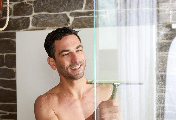 Schimmel in de badkamer verwijderen - 3.
