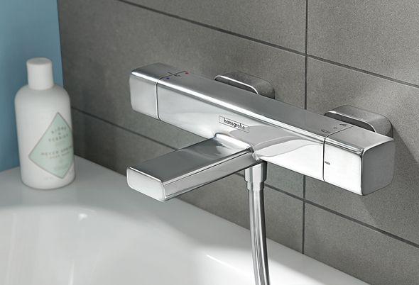 Veilige comfort badkamer slim inrichten - Veilige kranen en badkamertegels