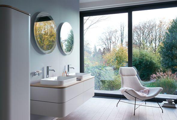 De badkamertrends van 2020 - 1. warme kleuren 2. grote tegels