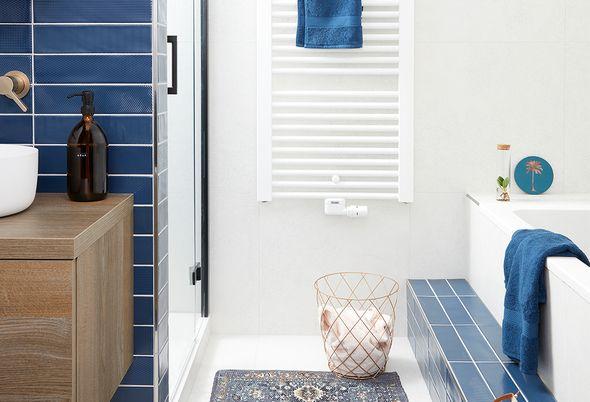 Kleur in de badkamer - natuurlijke kleuren en modieuze kleuren