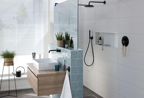 Een nieuwe badkamer: waar moet je aan denken? - 5. Inloopdouche of douchecabine