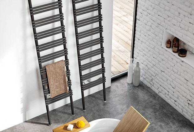 Design radiator in vorm van ladder