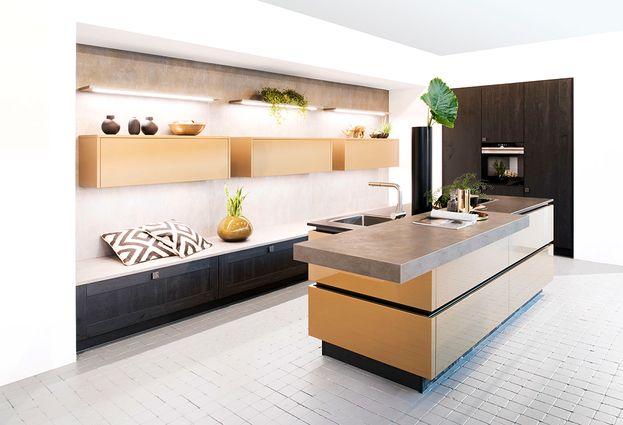 Keukens - 4. Leenders De woonvloer loopt door in de keuken