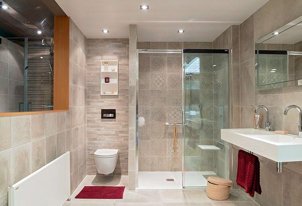 Tegels Op Tegels : Tegels hamer badkamers specialist in complete badkamers