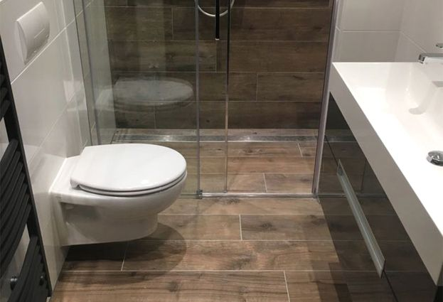 Kleine badkamer in woerden astra badkamers tegels