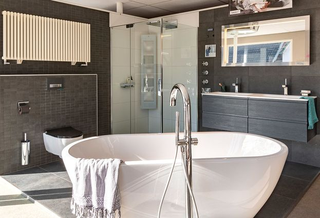 Nieuwe Badkamer Deventer : Installatie aart van de pol badkamers en tegels vakkundige