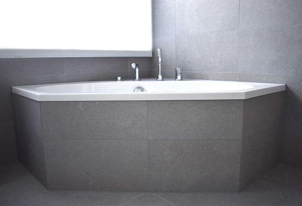 Moderne familie badkamer in Uithoorn - samenvatting