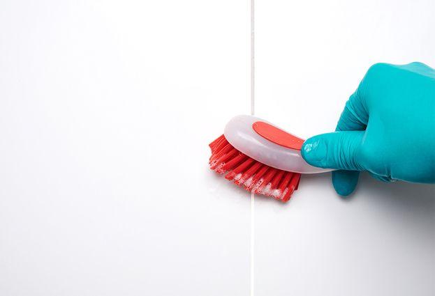 Badkamertegels: 5 veelgestelde vragen - 5. Wat te doen bij schimmel?
