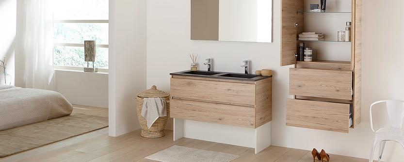 Familie badkamer - badkamermeubel met kolomkast